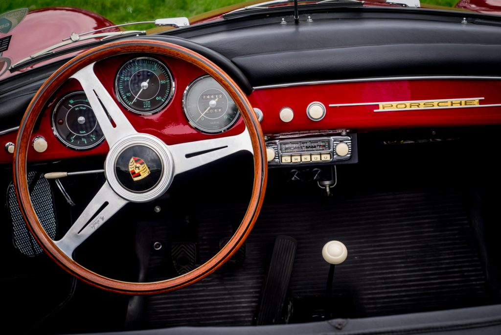 Porsche Speedster detail shot. Check out that radio.